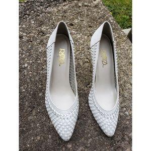 Shoes - Ratios Women's heels Size 7
